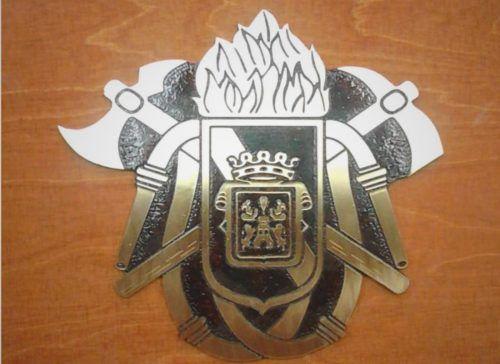 Escudo de homenaje para profesionales